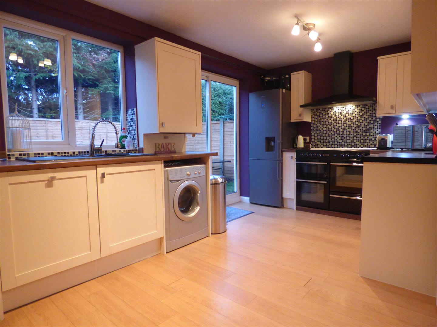 Double Glazed Kitchen Doors House Detached 16 Southfield Close Wetwang Driffield Yo25 9xq